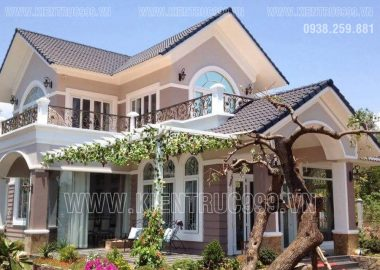 Nhà đẹp 2 tầng mái Thái - 7 mẫu xây dựng nhiều nhất năm 2017